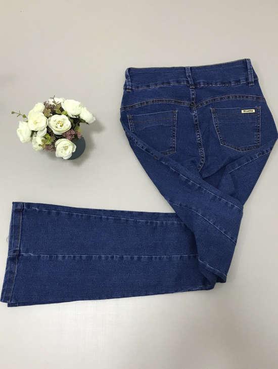 lavinnystore.com.br cropped tricot geometrico tricolor fucsia 3