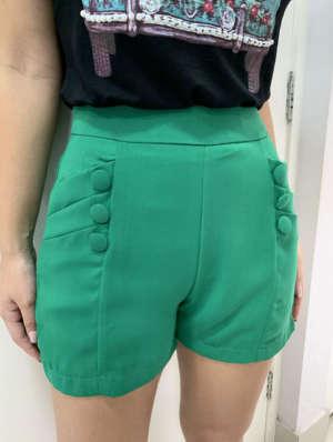 lavinnystore.com.br short botoes e pregas verde bandeira 26