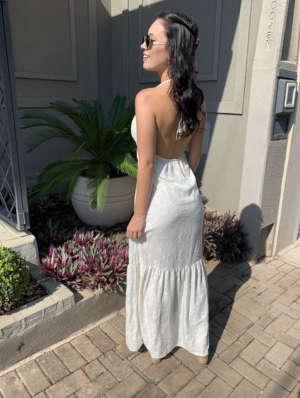 lavinnystore vestido longo lese frente unica decote v argolas babados off white 7
